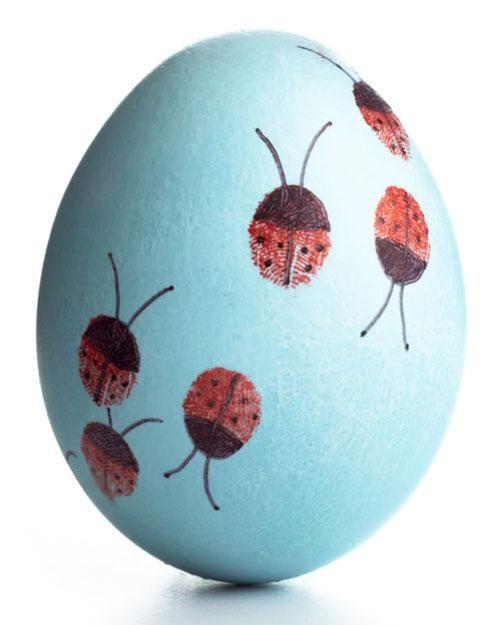 fun ways to dye easter eggs, ladybug