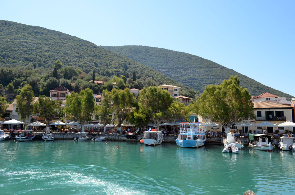the most popular windsurfing spot in Greece, Vassiliki beach 3