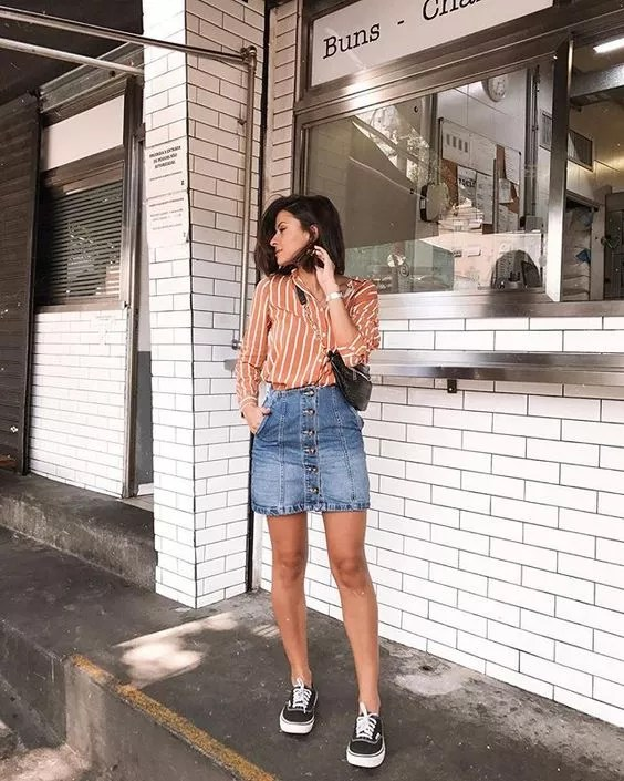 Look com Saia Jeans Dia