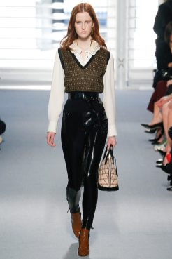 Magdalena Jasek - Louis Vuitton Fall 2014