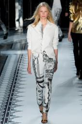 Lina Spangenberg - Versus Versace Spring 2015
