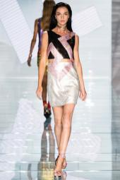 Mariacarla Boscono - Versace Spring 2015