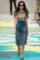 Jing Wen - Burberry Prorsum Spring 2015
