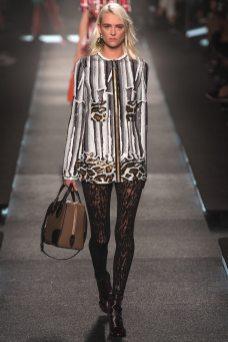 Milou Van Groesen - Louis Vuitton Spring 2015