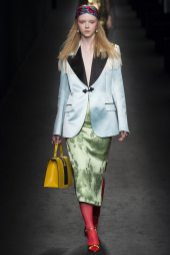 Lily Nova - Gucci Fall 2016 Ready-to-Wear