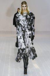 Alexandra Elizabeth - Marc Jacobs Fall 2016 Ready to Wear