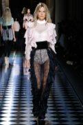 Alessandra Ambrosio - Balmain Fall 2016 Ready-to-Wear