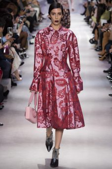 Jamie Bochert - Christian Dior Fall 2016 Ready-to-Wear