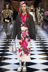 Jessie Bloemendaal - Dolce & Gabbana Fall 2016 Ready-to-Wear