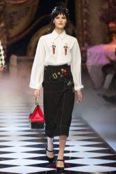 Abby Bass - Dolce & Gabbana Fall 2016 Ready-to-Wear