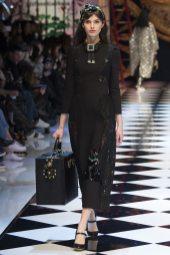 Giulia Manini - Dolce & Gabbana Fall 2016 Ready-to-Wear