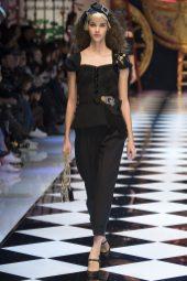 Pauline Hoarau - Dolce & Gabbana Fall 2016 Ready-to-Wear