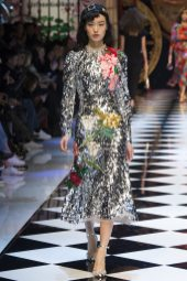 Yue Han - Dolce & Gabbana Fall 2016 Ready-to-Wear
