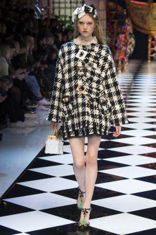 Elizabeth Moore - Dolce & Gabbana Fall 2016 Ready-to-Wear