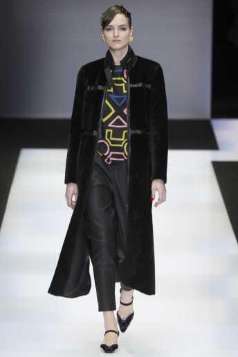 Agne Konciute - Emporio Armani Fall 2016 Ready-to-Wear
