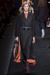 Julia Nobis - Fendi Fall 2016 Ready-to-Wear