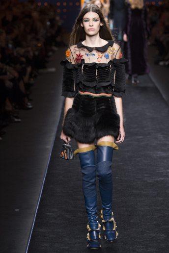 Mia Quinn - Fendi Fall 2016 Ready-to-Wear