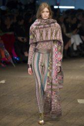 Julia Hafstrom - Missoni Fall 2016 Ready-to-Wear