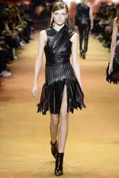 Roos Abels - Mugler Fall 2016 Ready-to-Wear
