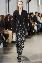 Julia Nobis - Paco Rabanne Fall 2016 Ready-to-Wear