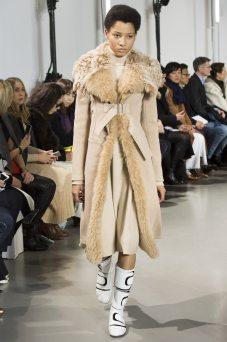 Lineisy Montero - Paco Rabanne Fall 2016 Ready-to-Wear