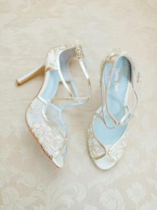 Düğününüzde Giyebileceğiniz 32 Gelin Ayakkabısı Modeli