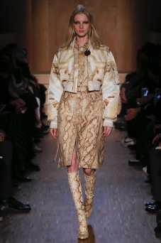 Nastya Sten - Givenchy Fall 2016 Ready-to-Wear