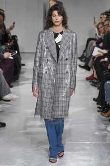 Mica Arganaraz - Calvin Klein Fall 2017 Ready-to-Wear