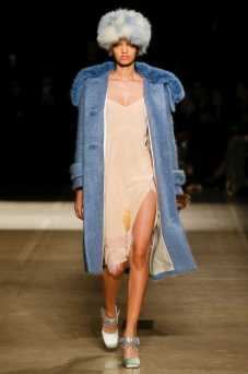 Ellen Rosa - Miu Miu Fall 2017 Ready-to-Wear