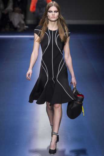 Myrthe Bolt - Versace Fall 2017 Ready-to-Wear