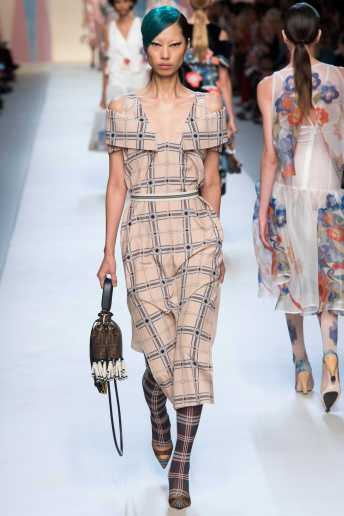 Heejung Park - Fendi Spring 2018 Ready-to-Wear