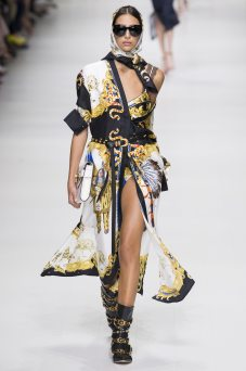 Nora Attal - Versace Spring 2018 Ready-to-Wear