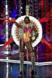 Grace Bol - Victoria's Secret Fashion Show