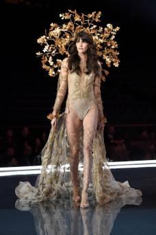 Vanessa Moody - Victoria's Secret Fashion Show