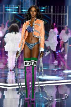 Leila Nda - Victoria's Secret Fashion Show