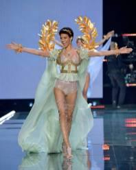 Jourdana Phillips - Victoria's Secret Fashion Show