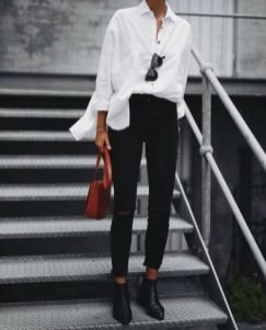 Siyah Kot Pantolon Nasıl Kombinlenir