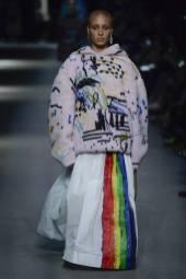 Adwoa Aboah - Burberry Spring 2018 Ready-to-Wear