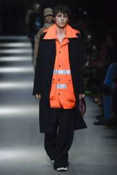 Joseph Signoret - Burberry Spring 2018 Ready-to-Wear