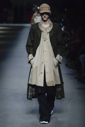 Max Hathaway - Burberry Spring 2018 Ready-to-Wear