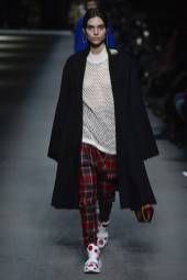 Charlee Fraser - Burberry Spring 2018 Ready-to-Wear