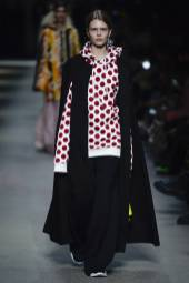 Estelle Nehring - Burberry Spring 2018 Ready-to-Wear