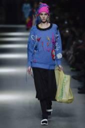 Estella Brons - Burberry Spring 2018 Ready-to-Wear