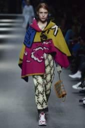 Yeva Podurian - Burberry Spring 2018 Ready-to-Wear