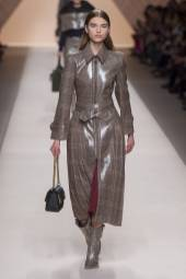 Meghan Roche - Fendi Fall 2018 Ready-to-Wear
