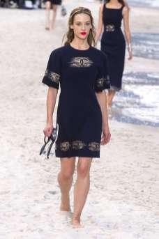 Hannah Ferguson - Chanel Spring 2019 Ready-to-Wear