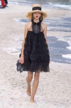 Lea Julian - Chanel Spring 2019 Ready-to-Wear