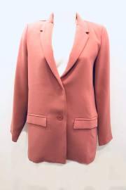 Art Love Paris.Blazer rosa con cuello y solapa ArtLove Paris.