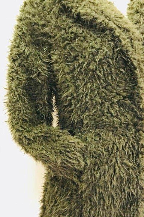 Detalle del pelo del abrigo furl