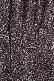 Detalle del estampado de flores del vestido ese O ese